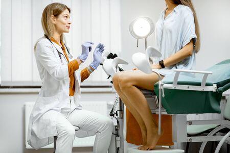 зачем гинеколог фото